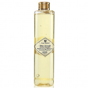 Just Herbs Silky Strength Aloevera-Wheatgerm Moisturising Shampoo, 200 Ml