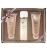 Boots No7 The Indulgent Collection Simply Glowing Pamper Gift Set