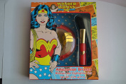 Wonder woman Amazonian Bronze Bronzer and Highlighter Gift Set