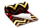 berlando- Newborn Baby Blanket, Multi-coloured Chevron Pattern, -For Baby Girls- Soft, Minky, Pram/Moses/Pushchair/Crib blanket, 100% Polyester, Perfect Baby Gift