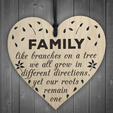 Red Ocean Family Roots Remain One Wooden Hanging Heart Shaped Families Plaque Love Gift