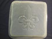 Stone Look Fleur De Lis Stepping Stone Concrete or Plaster Mould 1329