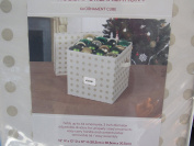 Christmas Holiday Organisation Box Chest Holds 64 Ornaments