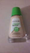COVERGIRL CLEAN SENSITIVE LIQUID FOUNDATION CLASSIC IVORY #510