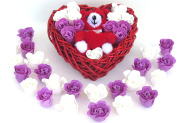 Rose Bath Bomb, Nine Colourful Charing Rose Flowers in a heart basket. 7white+6Purple,4go