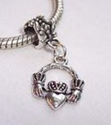 Beads Hut - Claddagh Heart Love Loyalty Friendship Dangle Bead for European Charm Bracelet