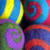 Spiderfelt Felted Felt Spiral Ball Felting Kit - Orange/Blackberry