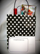 "Gift Bags & Gift Cards – 6 Gift Bags & 6 Gift CONTRATULATIONS Cards with Envelopes. Card size 5 ¾"" x 4 ½"" . Bag size 10"" High x 8 "" Wide x 4 ¾"" Deep "" – Both ítems Made in USA"