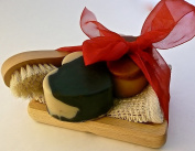 Bogue Goat Milk Soap, Mothers Day Giftset- Big Hearts of Moisturising Soaps- Palo Santo and Activated Charcoal & Kaolin Clay detox with Sisal Cloth, Facial Scrubber and Oak Dish