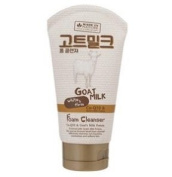 Made In Nature Goat Milk White and Firm Foam Cleanser 100 ml.