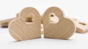 3.8cm Wood Heart, Unfinished Wooden Heart Cutout Shape, Wooden Hearts (3.9cm Width x 3.8cm Height x 0.5cm Thickness) - 30 pcs