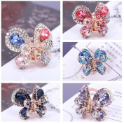 Casualfashion 4Pcs Elegant Women's Crystal Rhinestone Hair Claws Cute Butterfly Flying Hair Jaw Clips Accessories 2.5cm × 2.3cm