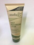 studio 35 Daily Moisturising Lotion Skin Protectant with natural colloidal Oatmeal . Dry skin . Locion para la piel seca .