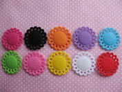 YYCRAFT Pack Of 100 Fancy 3cm Scallop Edged Felt Sun Flower -10 Colours