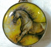 Fine Art Horse Snap RUNNING BLACK HORSE 18-20MM Great Horse Item! SOME WITH BUBBLES!