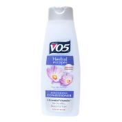 V05 Moisturising Conditioner With Aloe Extract 443ml